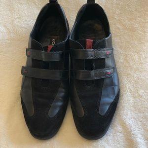Ecco black velcro strap leather flats comfort shoe